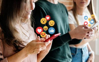 ¿Quieres destacar con tu empresa en redes sociales? ¡Te echamos un cable!